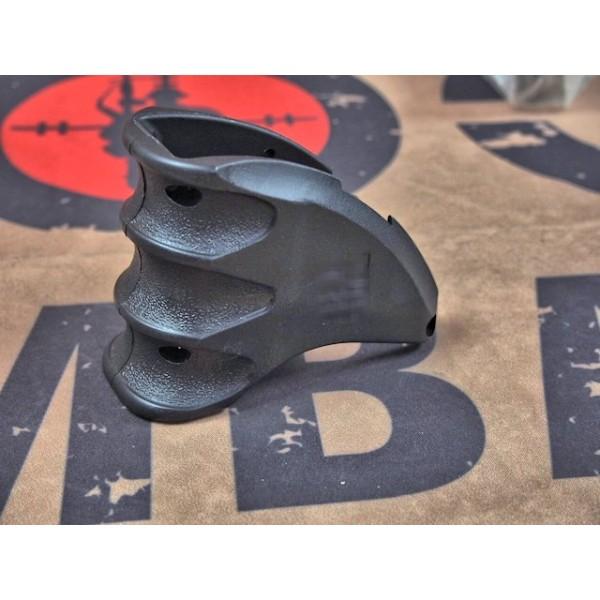 SCG F-AB Magazine Well Grip For M4 (BK)